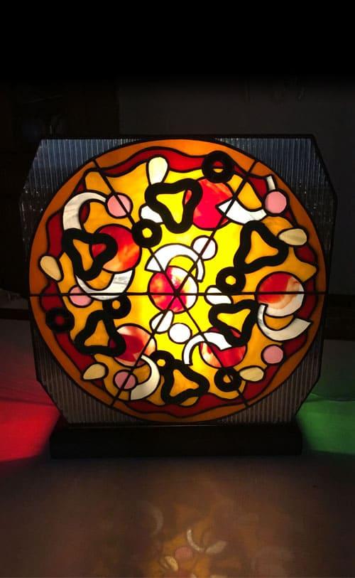 ステンドグラス作品 ピザのライト1