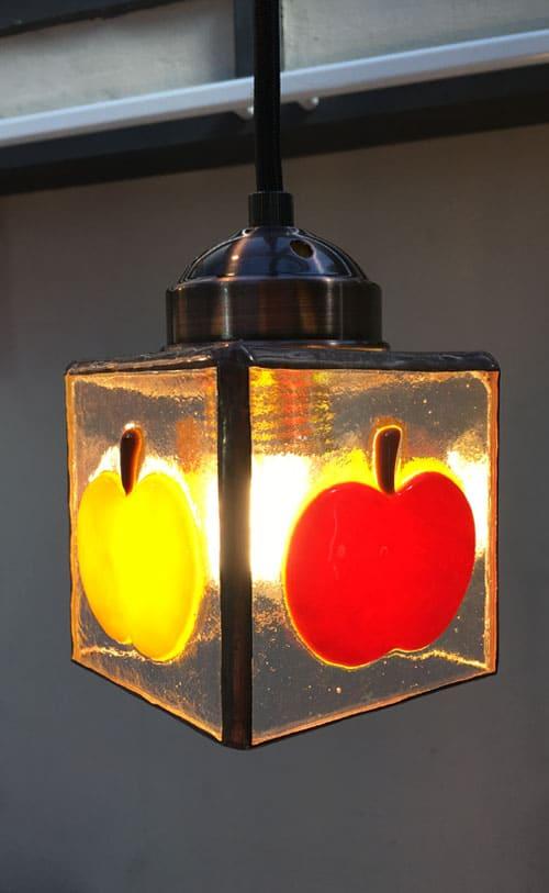 ステンドグラス作品 フルーツのライト1