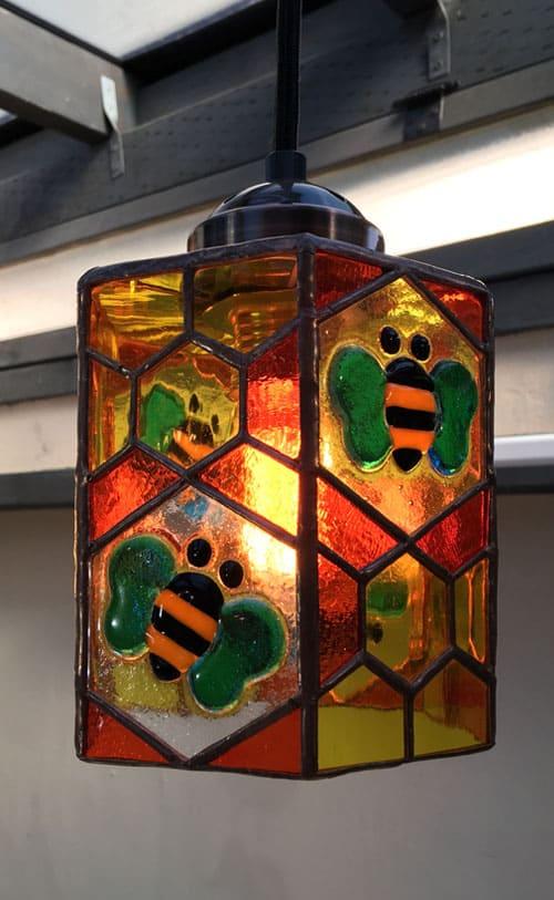 ステンドグラス作品 ハチと花のライト1